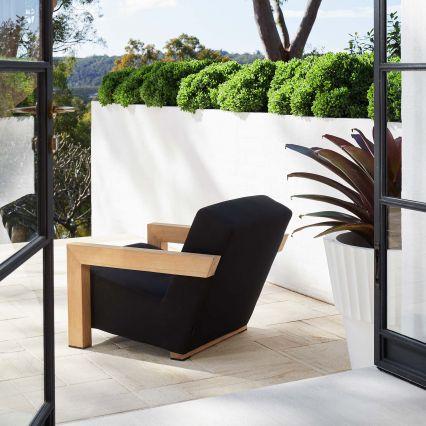 Breu Outdoor Lounge Chair