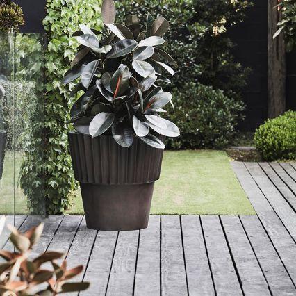 Julian Ribbed Concrete Planter